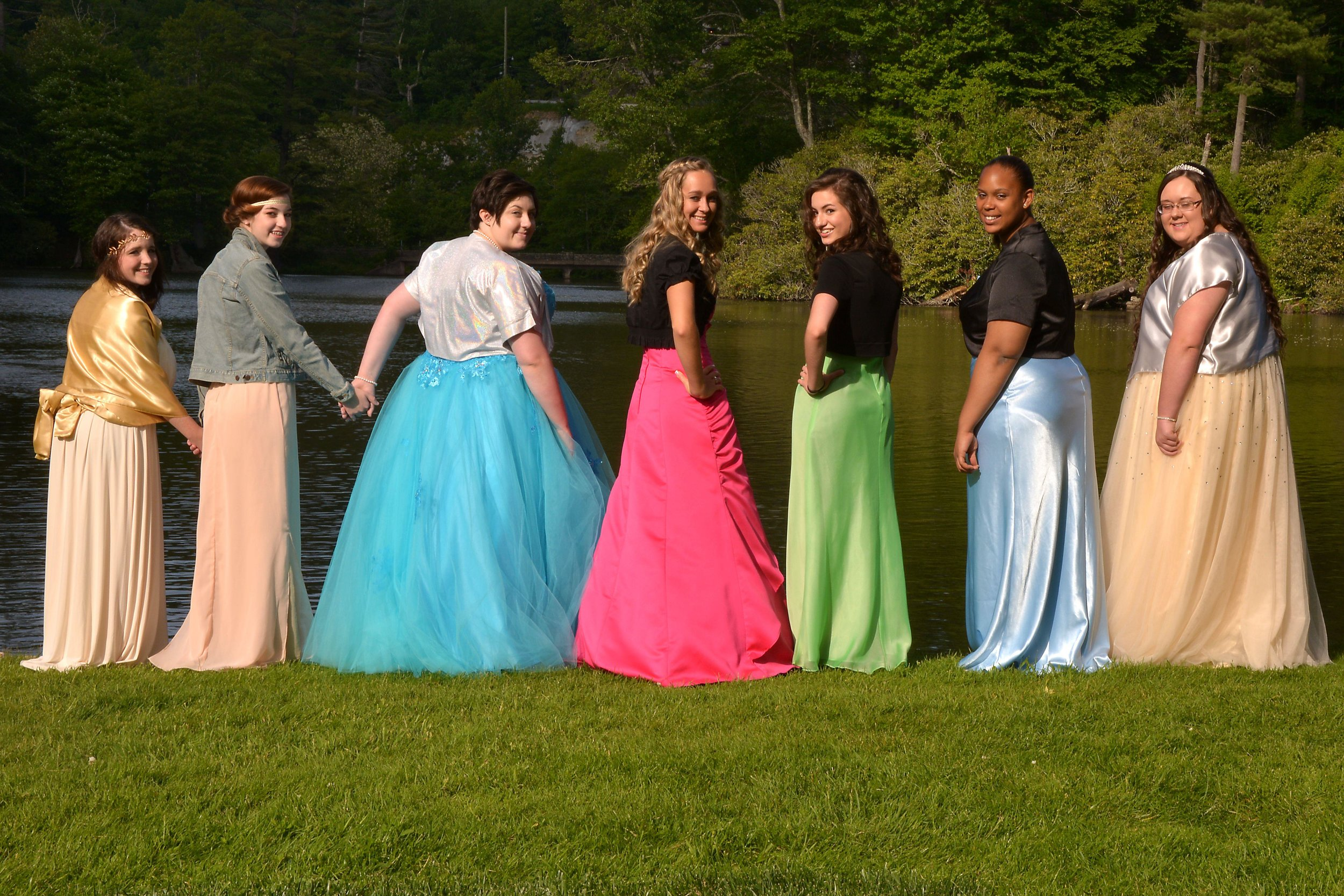 [tbclenoir.net]_f056_2015 Teen Formal 052.jpeg