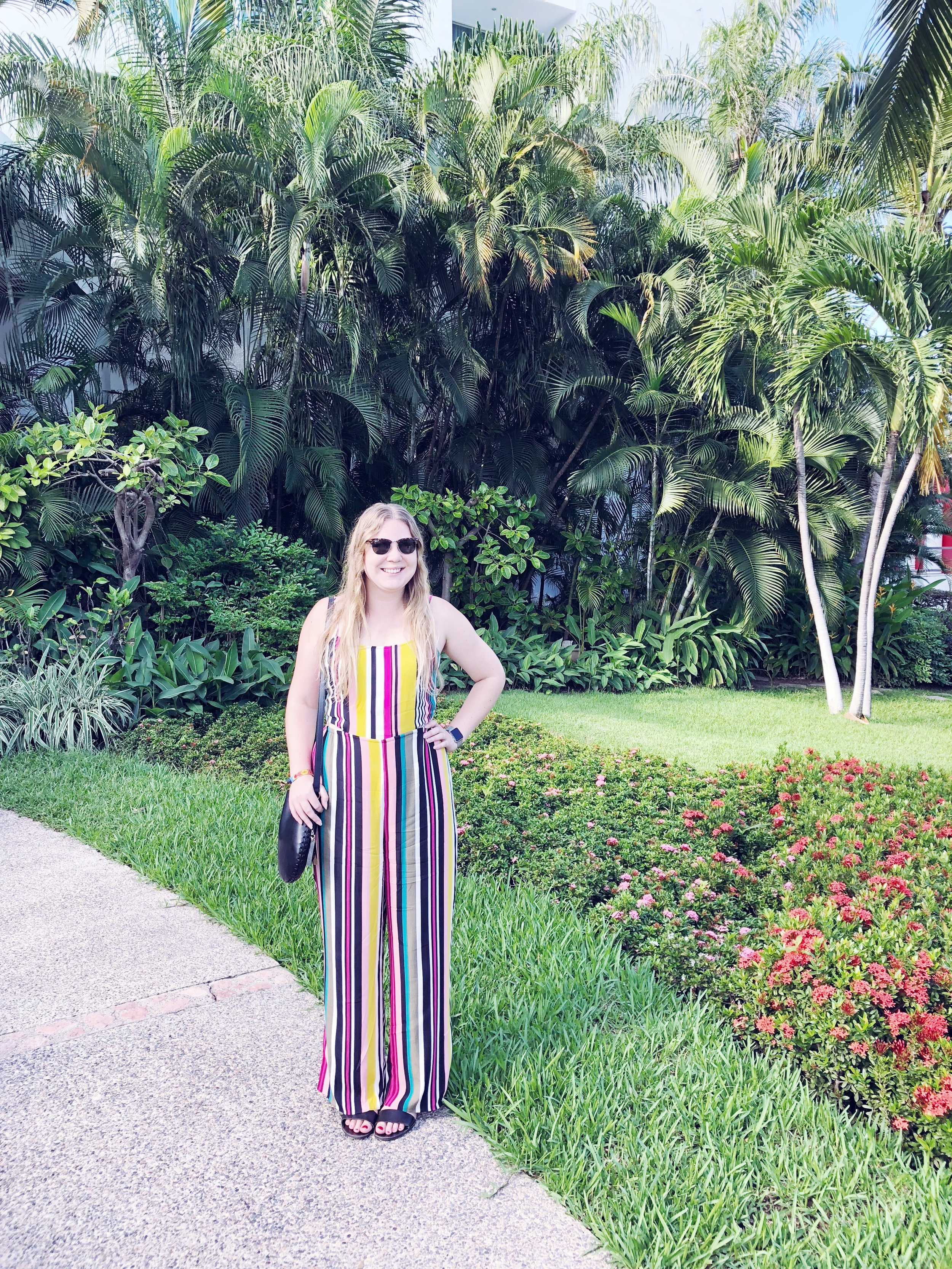 I had an amazing week in Puerto Vallarta and I can't wait to come back in the future!   Express jumpsuit.   Vince Camuto bag.   Steve Madden sandals.   Ray-Ban sunglasses.
