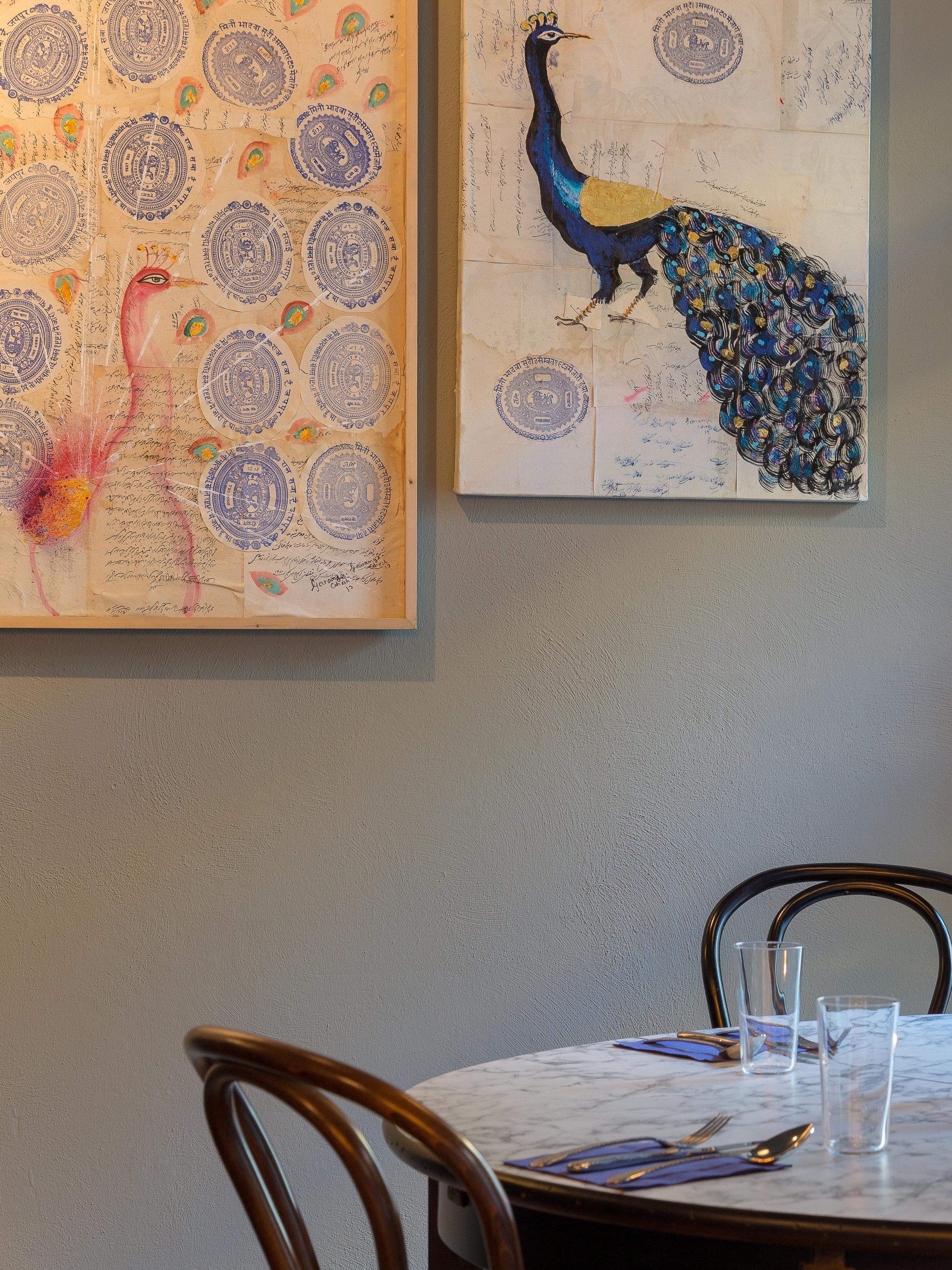 - Das Bombay Cafe Bunty's befindet sich in unmittelbarer Nähe des Kurfürstendamms. Unsere Gäste schätzen neben der ausgezeichneten Qualität der verwendeten Lebensmittel, auch den angenehmen und unkomplizierten Service sowie das moderne Design des Restaurants.