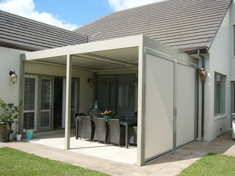 Port Patios patio blinds Port Macquarie