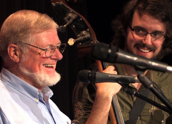 J. Chalmers Doane and James Hill on stage at the International Ukulele Ceilidh in Nova Scotia (2008).