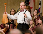 """Peter and the ensemble during a """"Strings Attached"""" Seminar."""