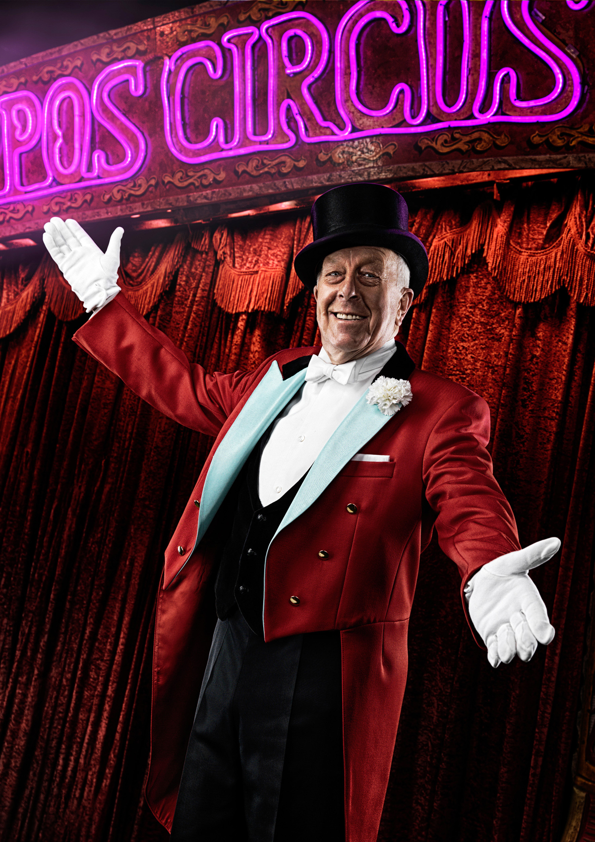 RanaldMackechnie.GWR.Norman Barret. Longest career as Circus Ringmaster.jpg