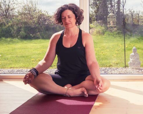 Aruna Yoga Studio - Workshops - MOM - Managing Stress