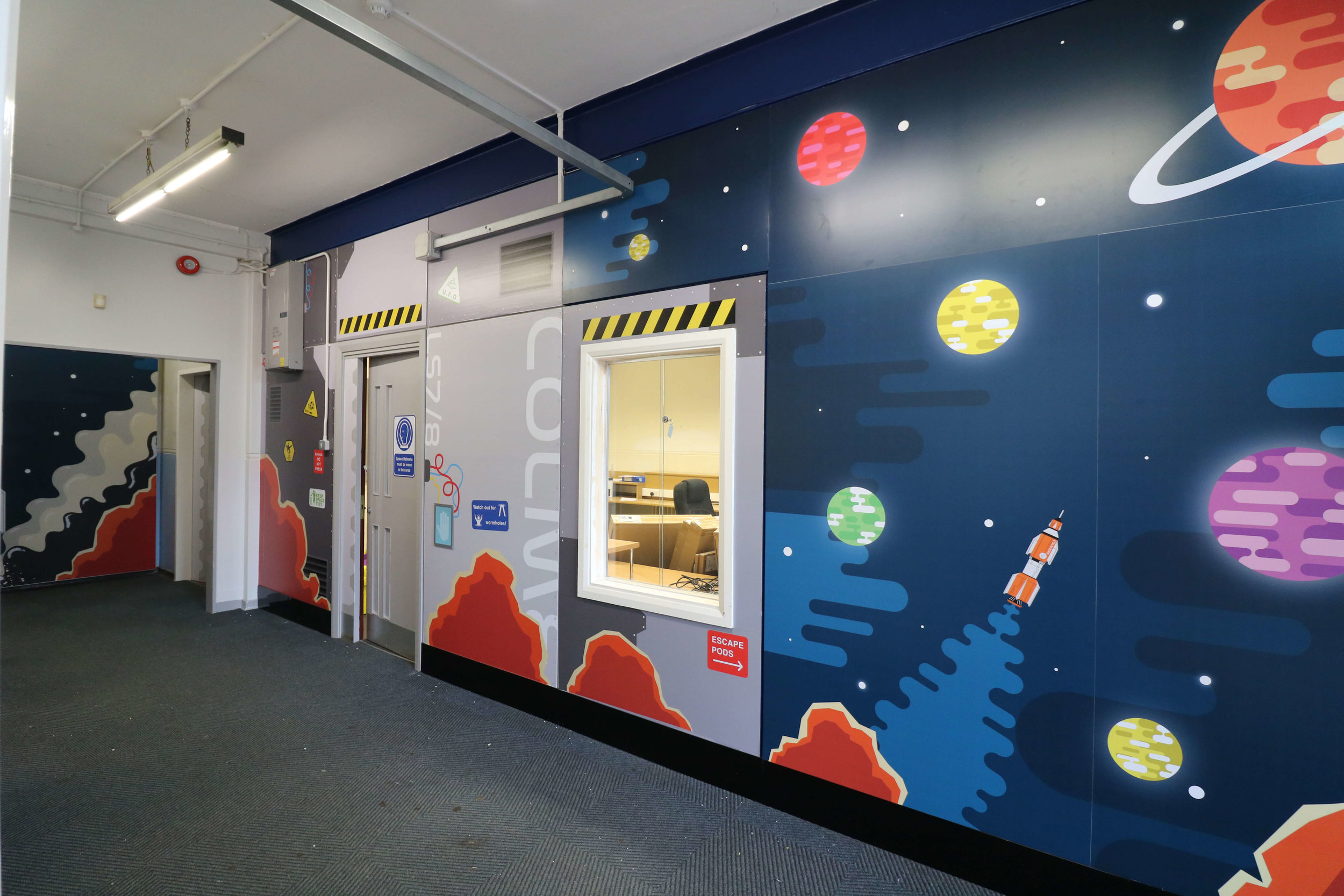 Space station wall graphic | School wall graphic