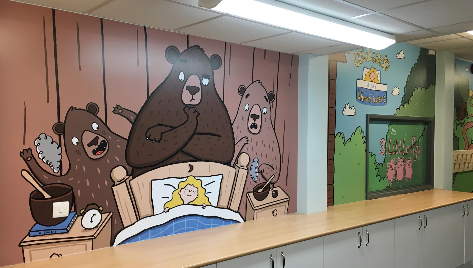 sacred_heart_primary_traditional_tales_wallgraphics_04.jpg