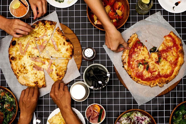luigis-hot-pizza.jpg