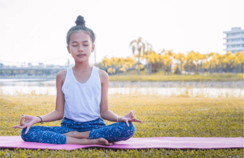 topanga-meditation-enfant-3.png