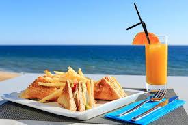 beach food.jpg