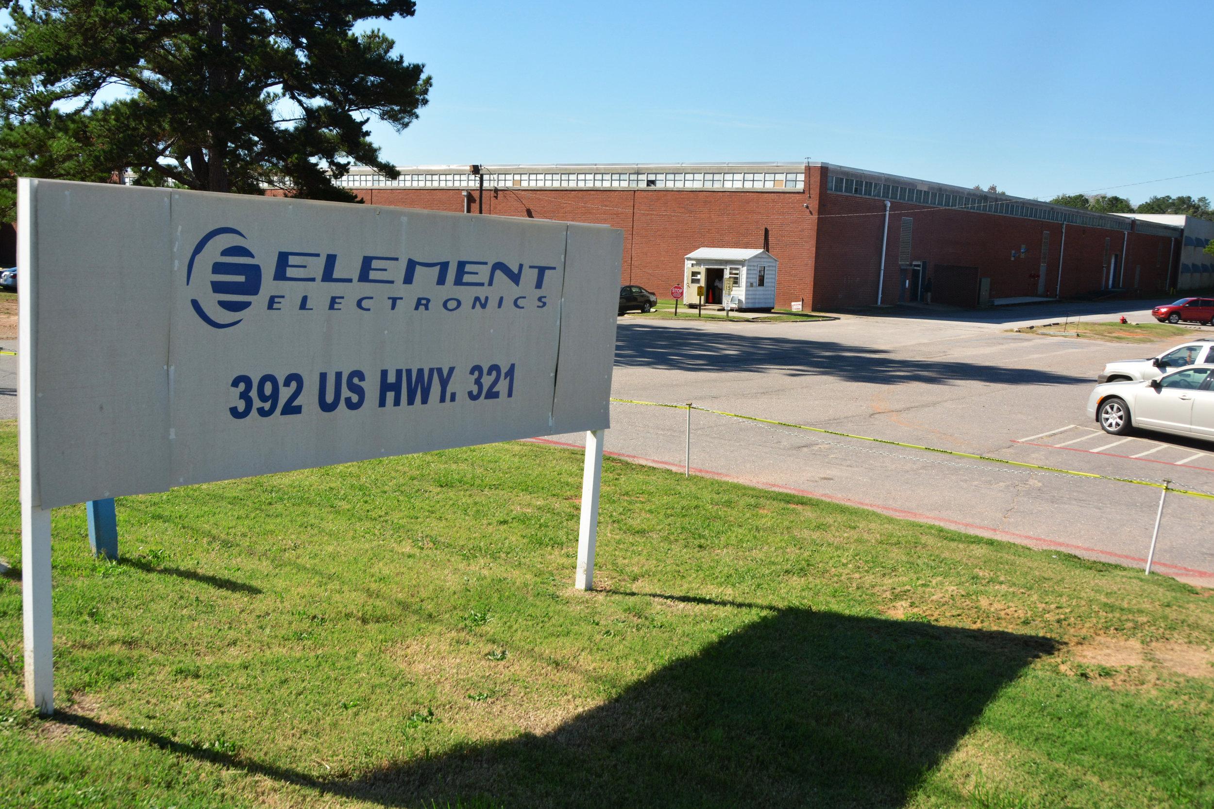 Element Electronics 6257.jpg