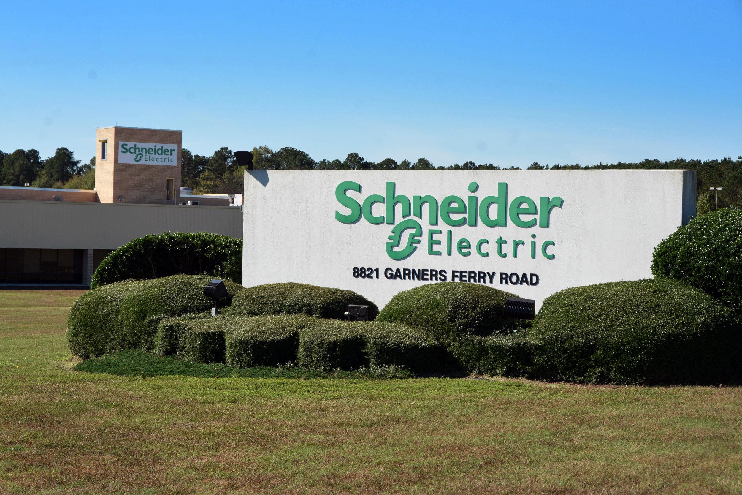 Schneider Electric 8782.jpg