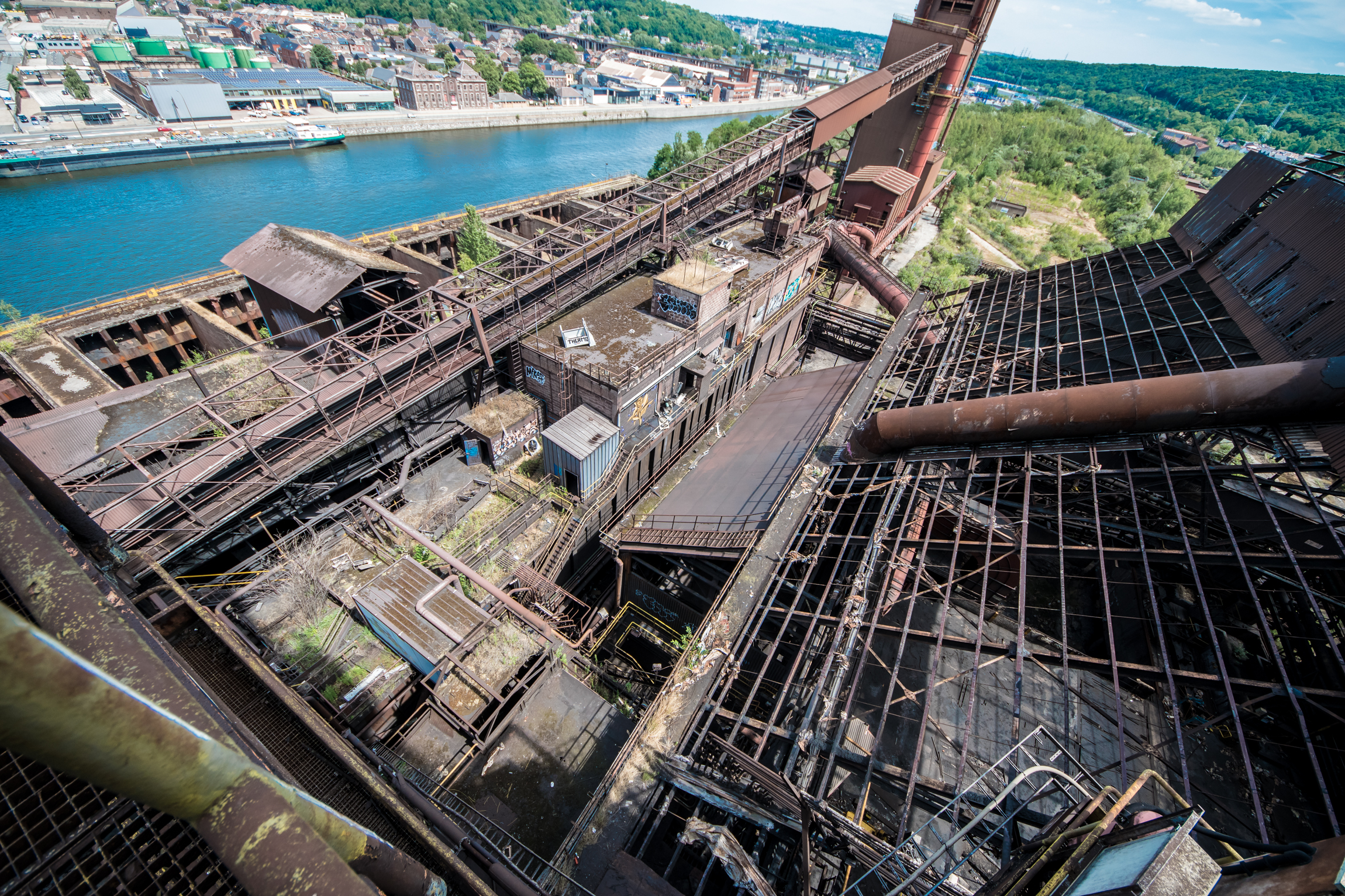 Gargantuan Blast Furnace And Steelworks - The last item on a heavy weekend itinery. Was meant to be the grand highlight, but legs were weak and tiredness setting in. The climb up the huge furnace offered fantastic views over this, the biggest site, I have been in.