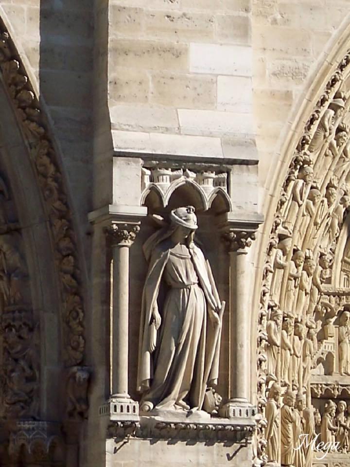 Notre Dame beauty 10.jpg