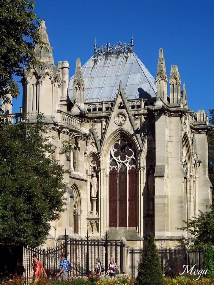 Notre Dame beauty 26.jpg