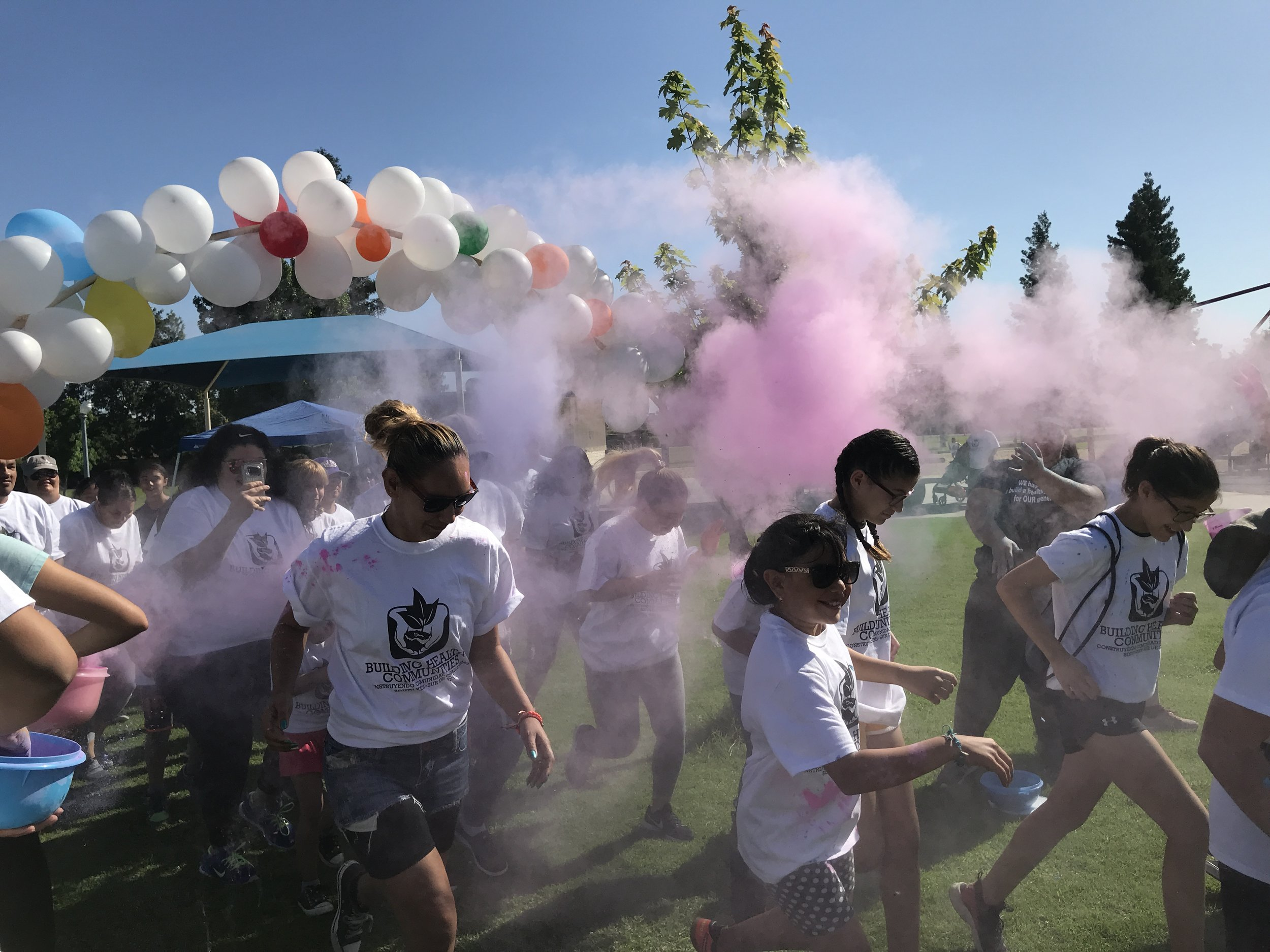 Kicking off our color run at the PASS event in Stiern Park.