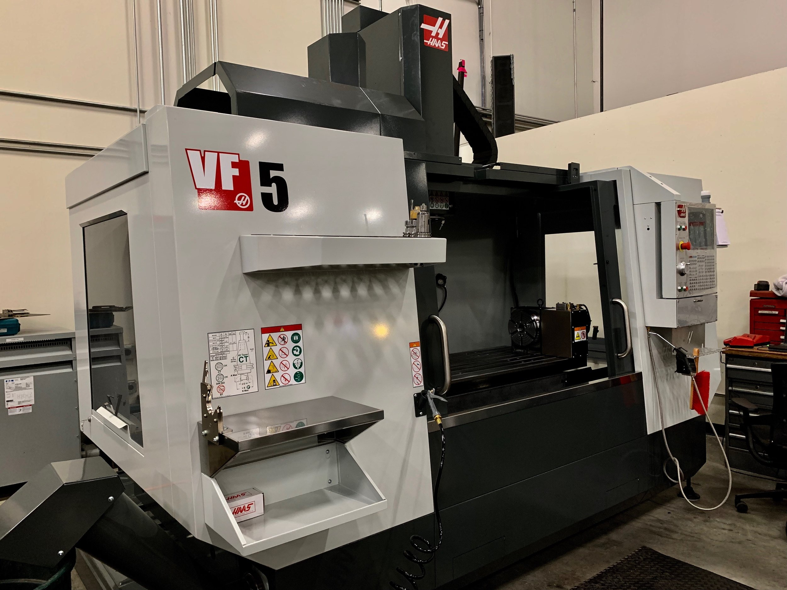 haas vf5 - CNC Vertical Mill with 50