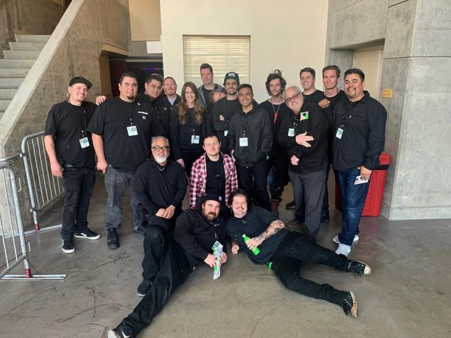 As #kidschoiceawards2019 is about to kick off live JEM FX would like to acknowledge and thank the slime and effects crew.  This is a massive team effort every year and could not go as flawless without the dedication of the #Jemfx crew.  #jemfxbuilt #bestcrewever #slimetime #setlife #nickelodeon ::: photo credit to Fernando Escovar