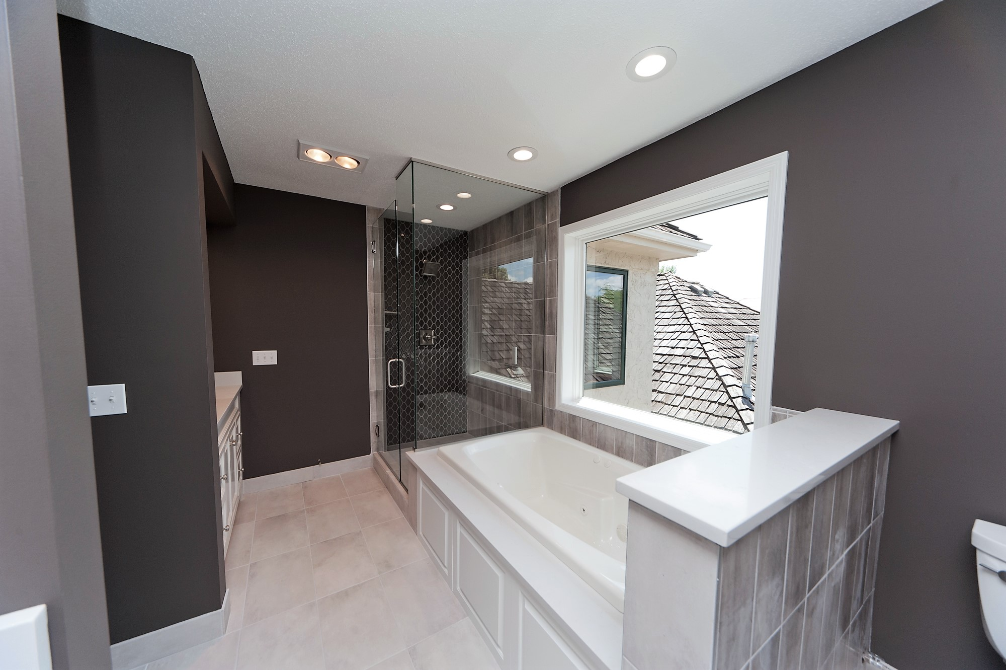 2 Despues Master Bathroom.JPG