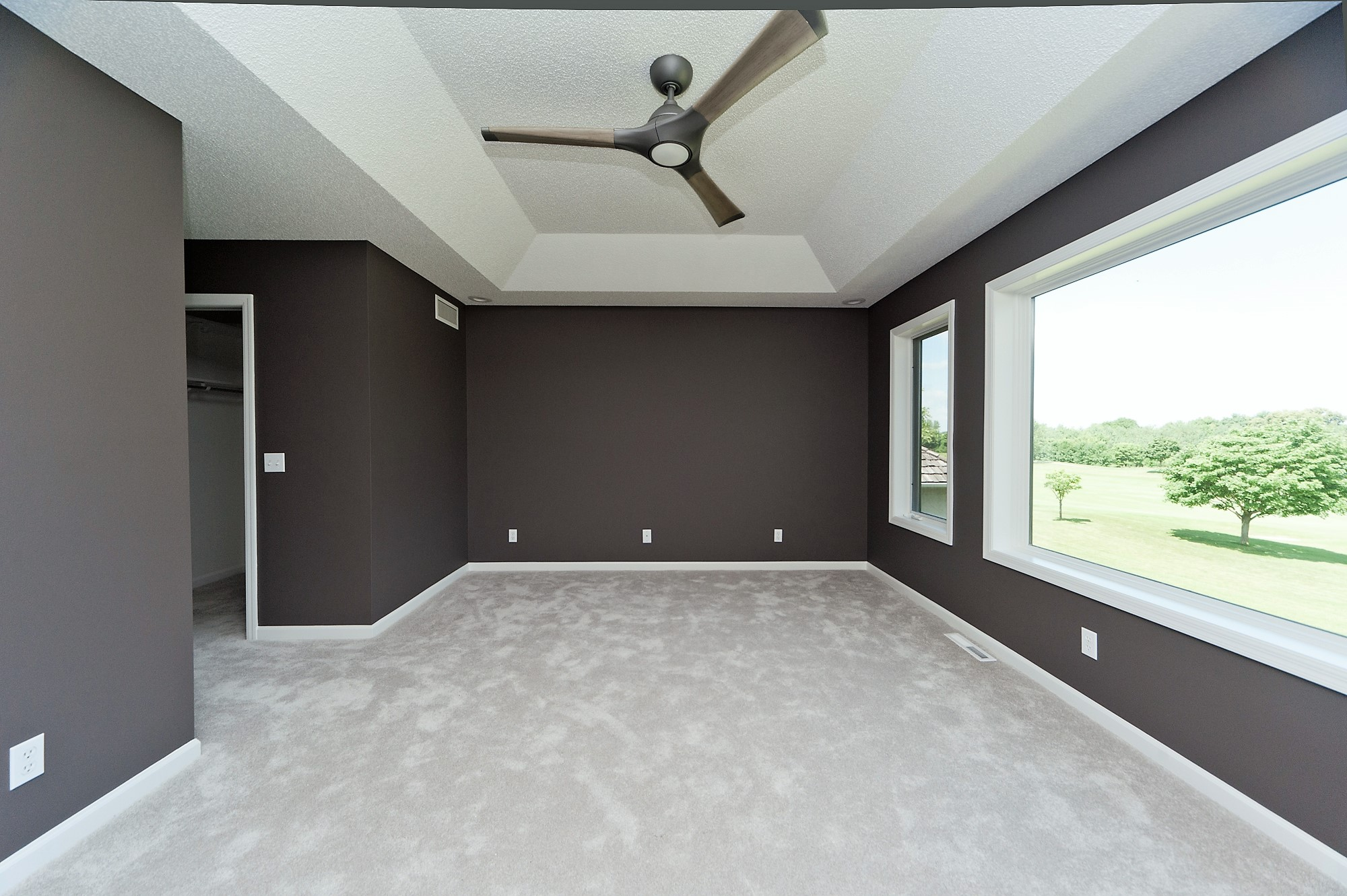 5 Despues Master Bedroom.JPG