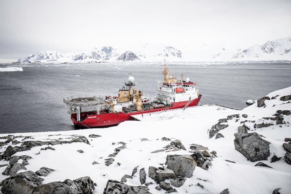 Lucy-Carty-Antarctica-1.jpg