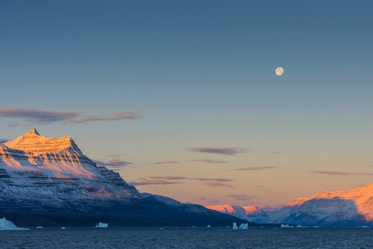 inger-hogstrom-east-greenland-sunset.jpg