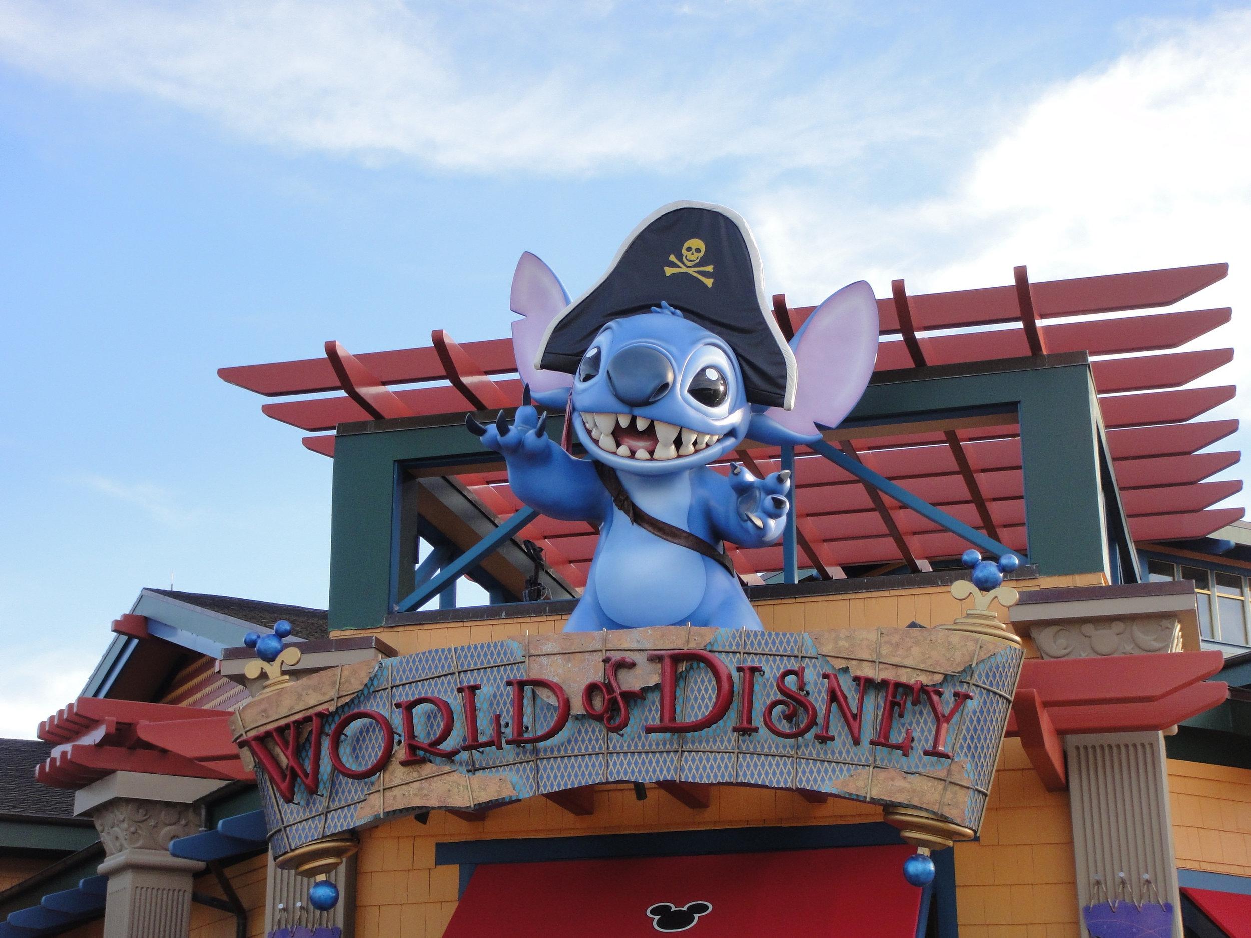 Canva - Disney, Mouse, Florida, Orlando, Character.jpg