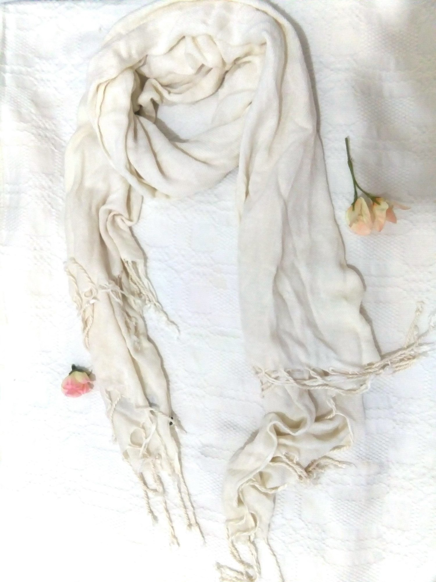 pashmina-off-white.jpg