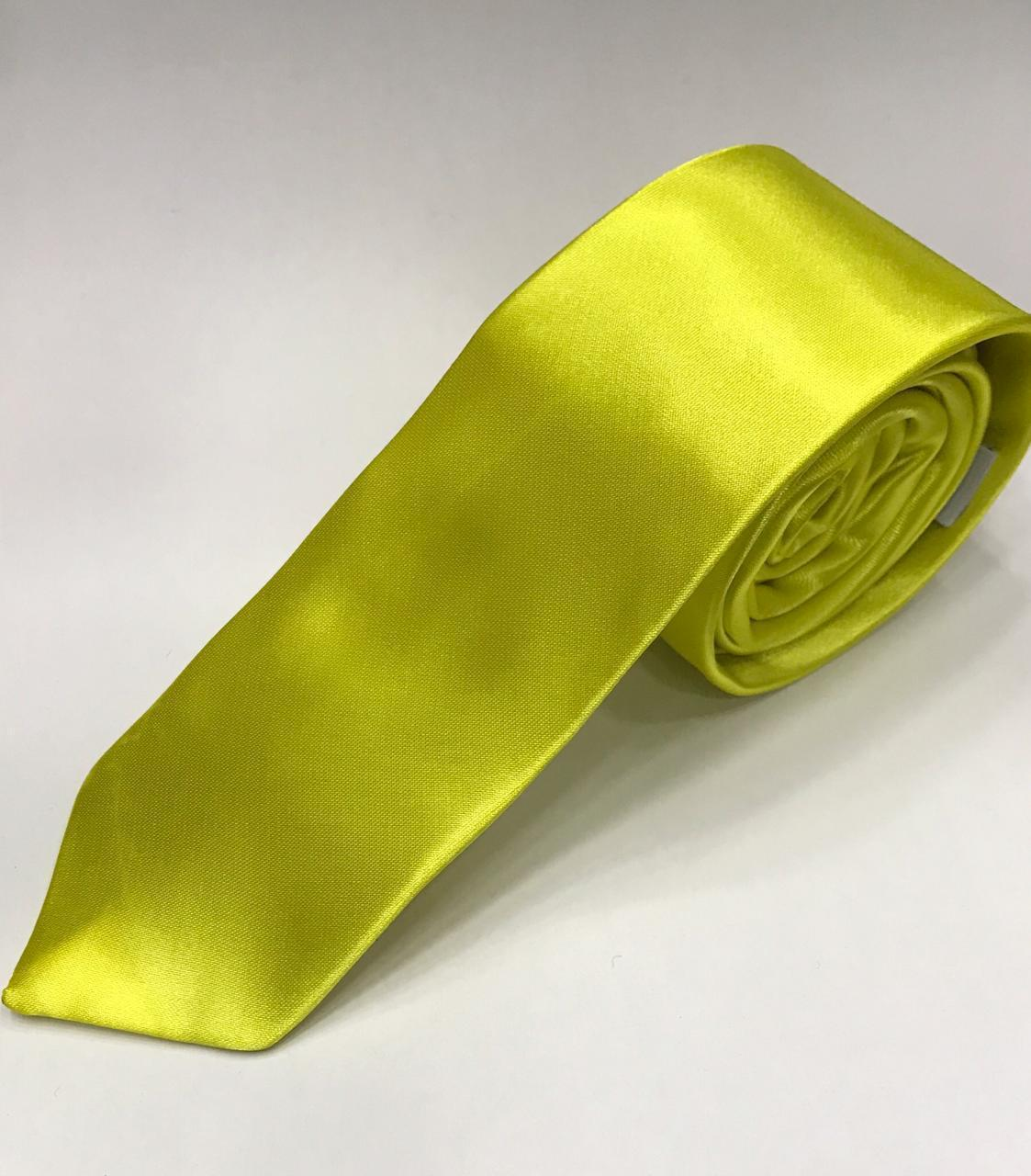 Gravata Amarela