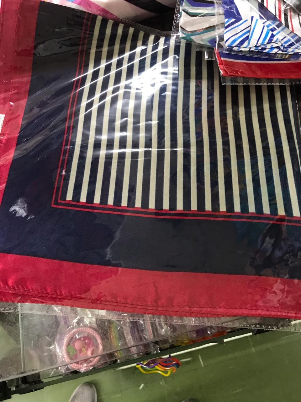 lenco estampado uniforme