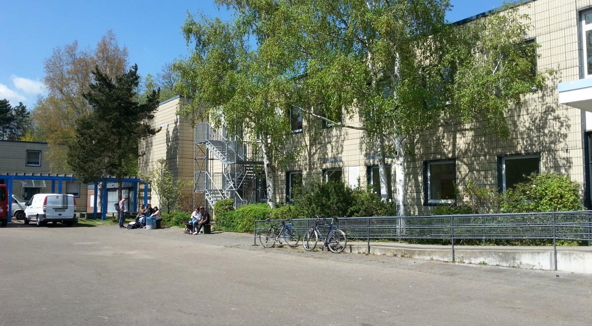 Ernst-Reuter-Schule2-1200x661.jpg