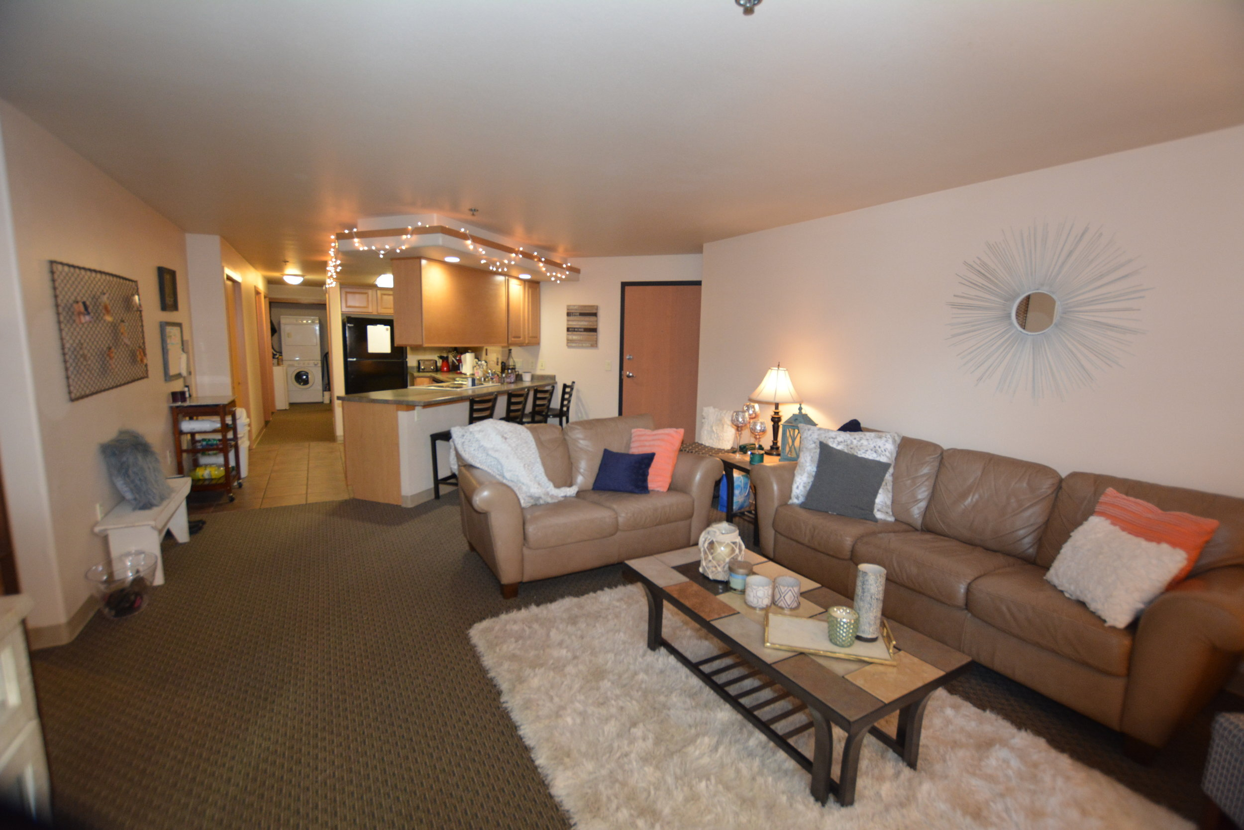 The Aberdeen Apartments offer large living areas.