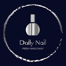 Daily Nails logo.jpg