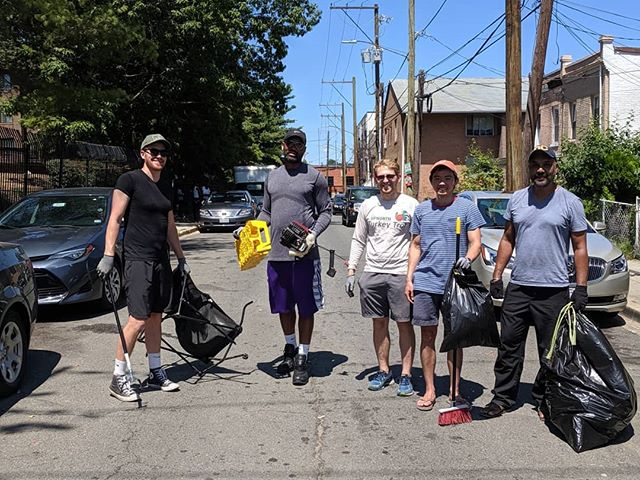 Thanks to the #ivycitycleanteam for making our neighborhood #sparkle. @dcdpw we never had the trash collected after our cleanup and we also have not seen a street sweeping truck in a couple months. Think you could assist with #ivycity. We too are proud of our neighborhood and would love to see it get the same treatment as our neighbors in NW.