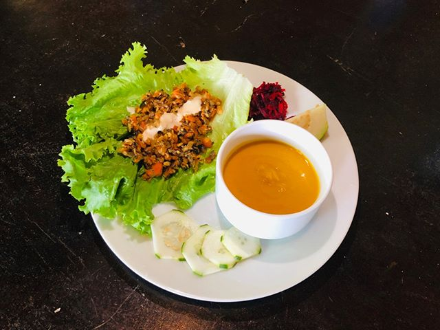 "Today's lunch ~ lettuce wraps, beet salad, squash soup, and cucumbers! 😋🥬🥒⠀⠀⠀⠀⠀⠀⠀⠀⠀ -⠀⠀⠀⠀⠀⠀⠀⠀⠀ Our vegan menu is sure to please even the pickiest of carnivores! All of our ingredients are sourced from local vendors and farms and made with love. This delicious recipe plus many more can be found in our cookbook ""Sustenance: Feed the Body, Nourish the Soul"" available on Amazon. 💚⠀⠀⠀⠀⠀⠀⠀⠀⠀ -⠀⠀⠀⠀⠀⠀⠀⠀⠀ #lunchtime #healthylunches #healthylifestyle #poweredbyplants #veganstrong  #veganvibes #veganfriendly #veganretreat #yogaretreat #ecoretreat #vidaasana #playahermosa #costarica #puravida⠀⠀⠀⠀⠀⠀⠀⠀⠀ 🌱LB"