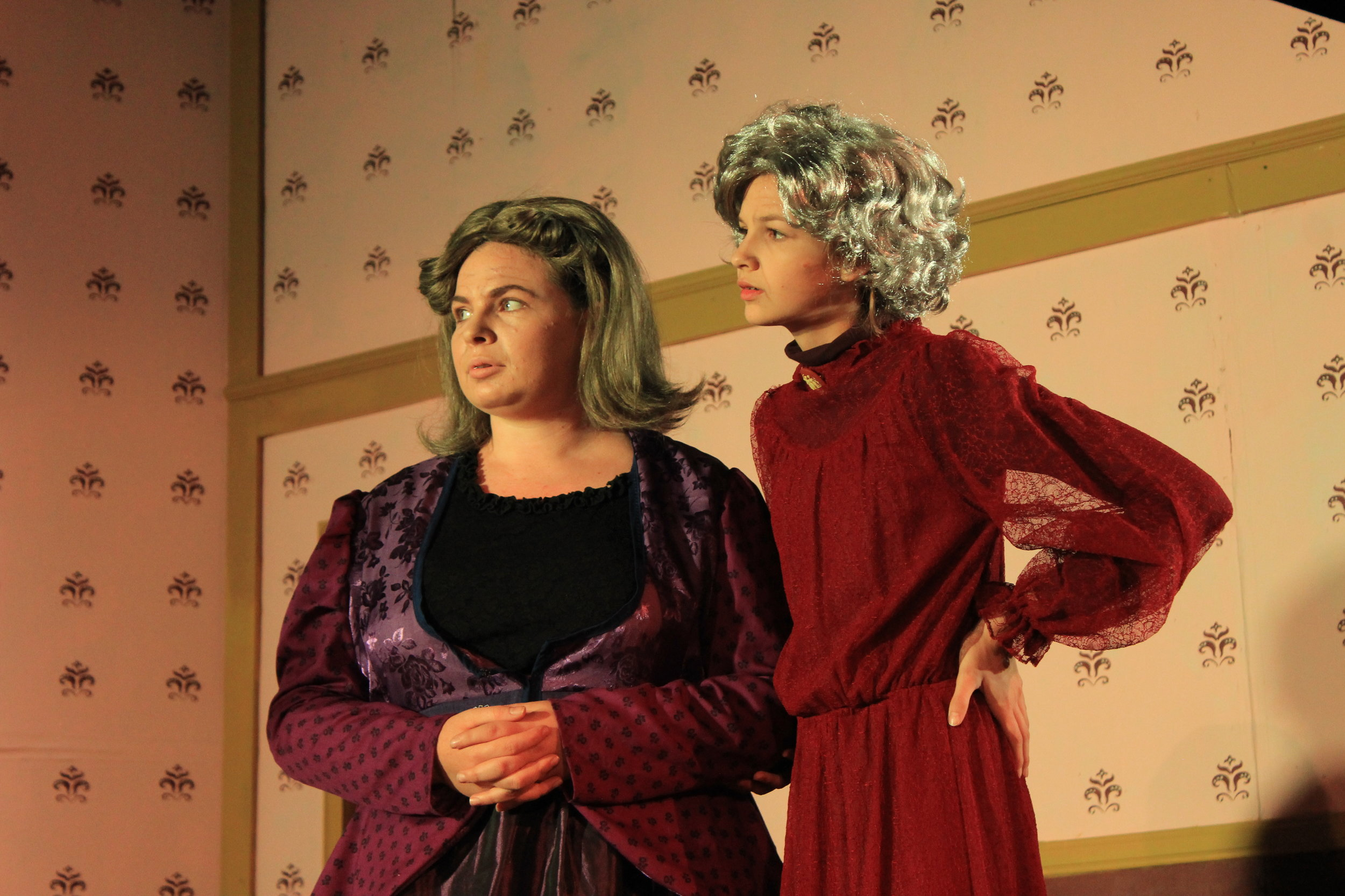 """The two 'batty' aunts in """"Arsenic and Old Lace"""" look on as their nephew rants about their insanity. (Fall 2017)"""