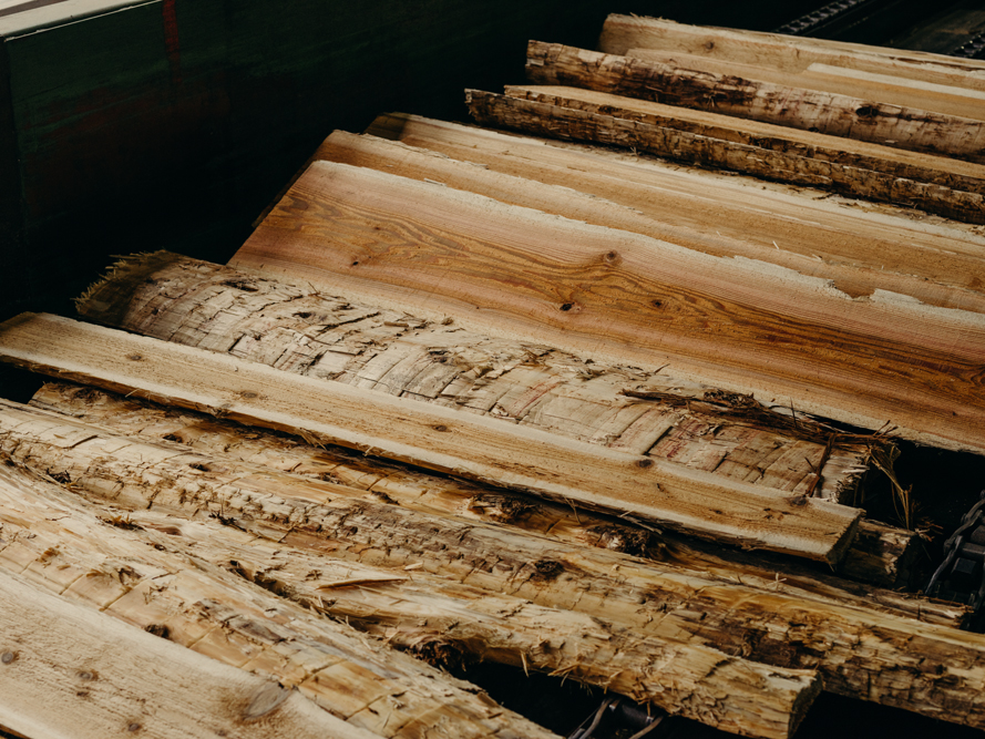 WOOD BASED RESIDUALS - As a zero-waste manufacturer, our residuals are recycled into many by-products including wood chips, sawdust, mulch and biofuel. Please contact us to learn about purchasing.360-219-0008 RESIDUALS@altafp.com