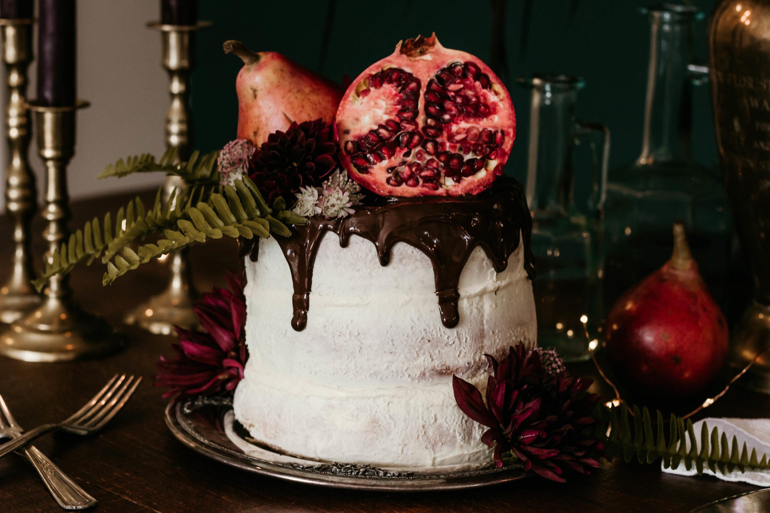 Cake Design by owner of R&Co (@rosielleandco // rosielleandco.com), Rosie Tiede.