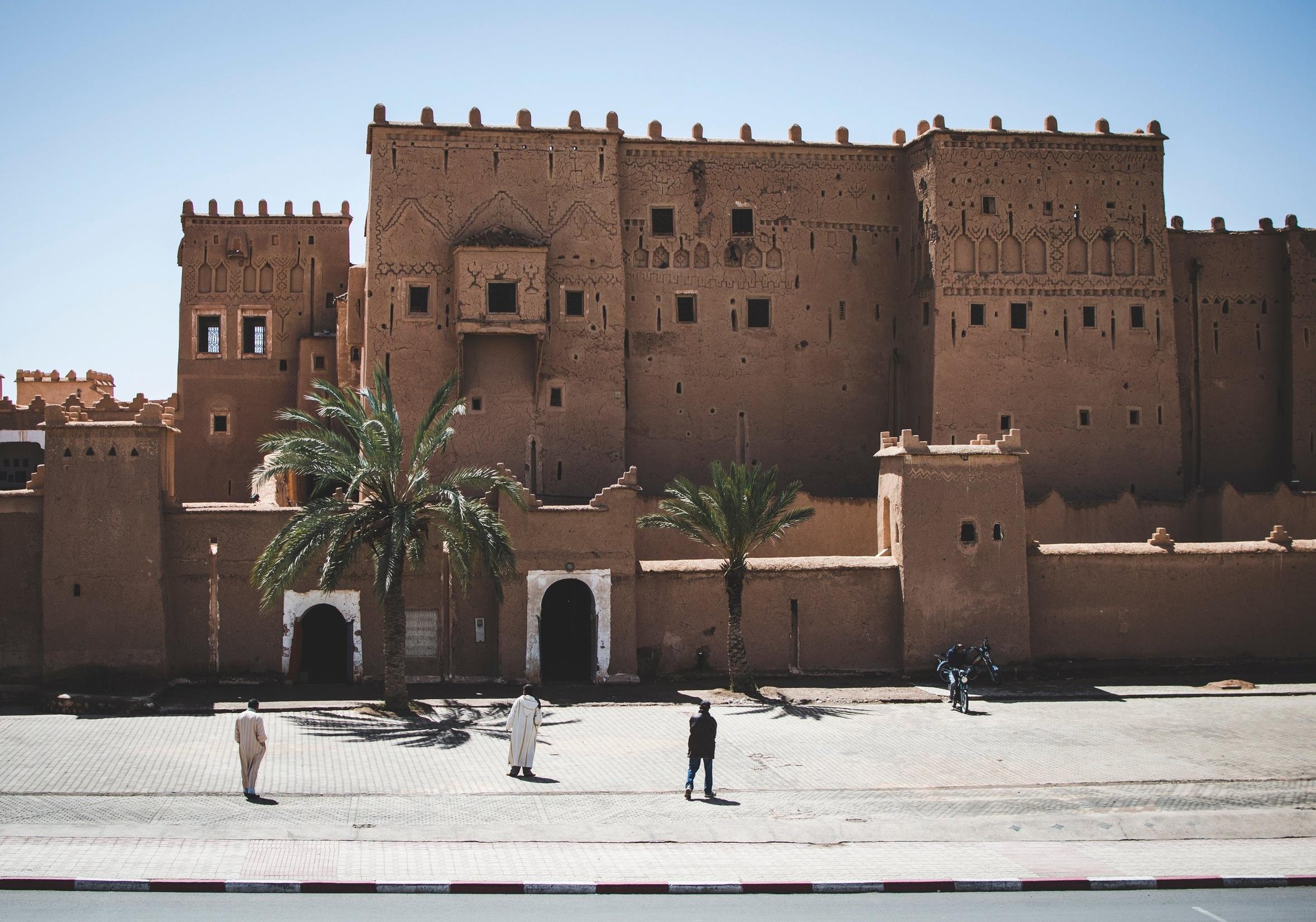 ancient-architecture-building-943510_nicolas postiglioni pexel.jpg
