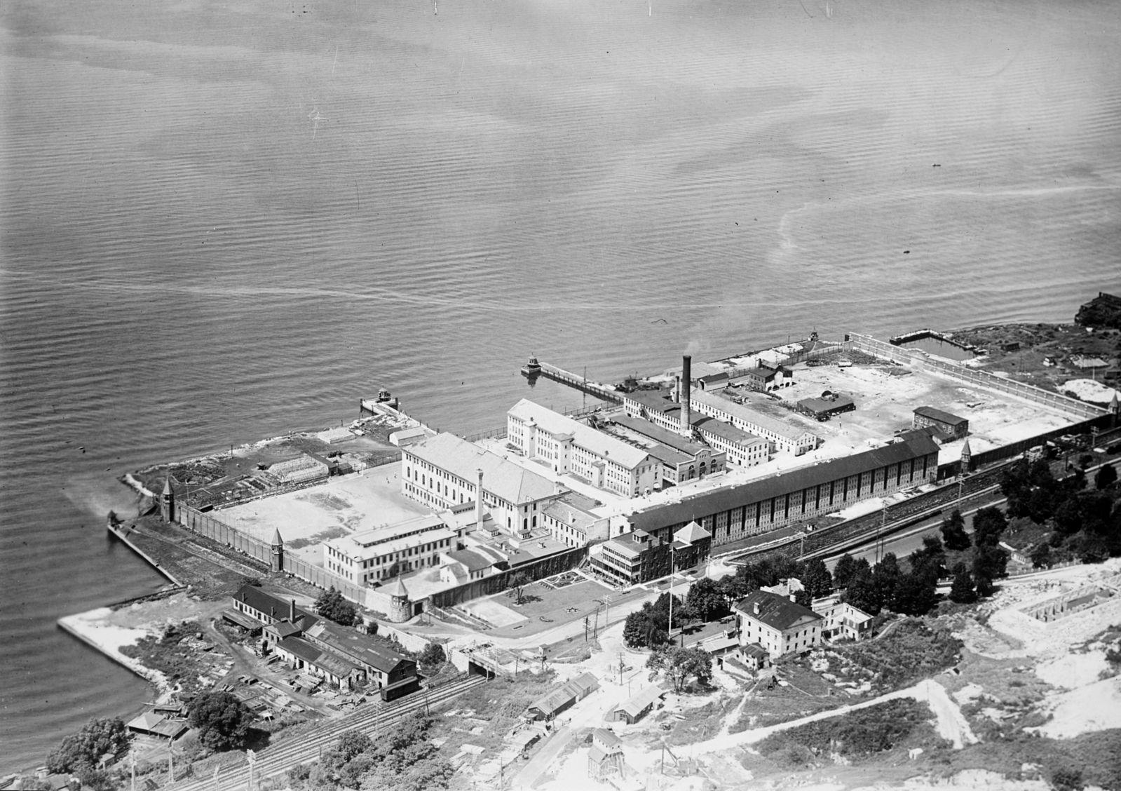 Sing_Sing_prison_aerial_photo_1920.jpg