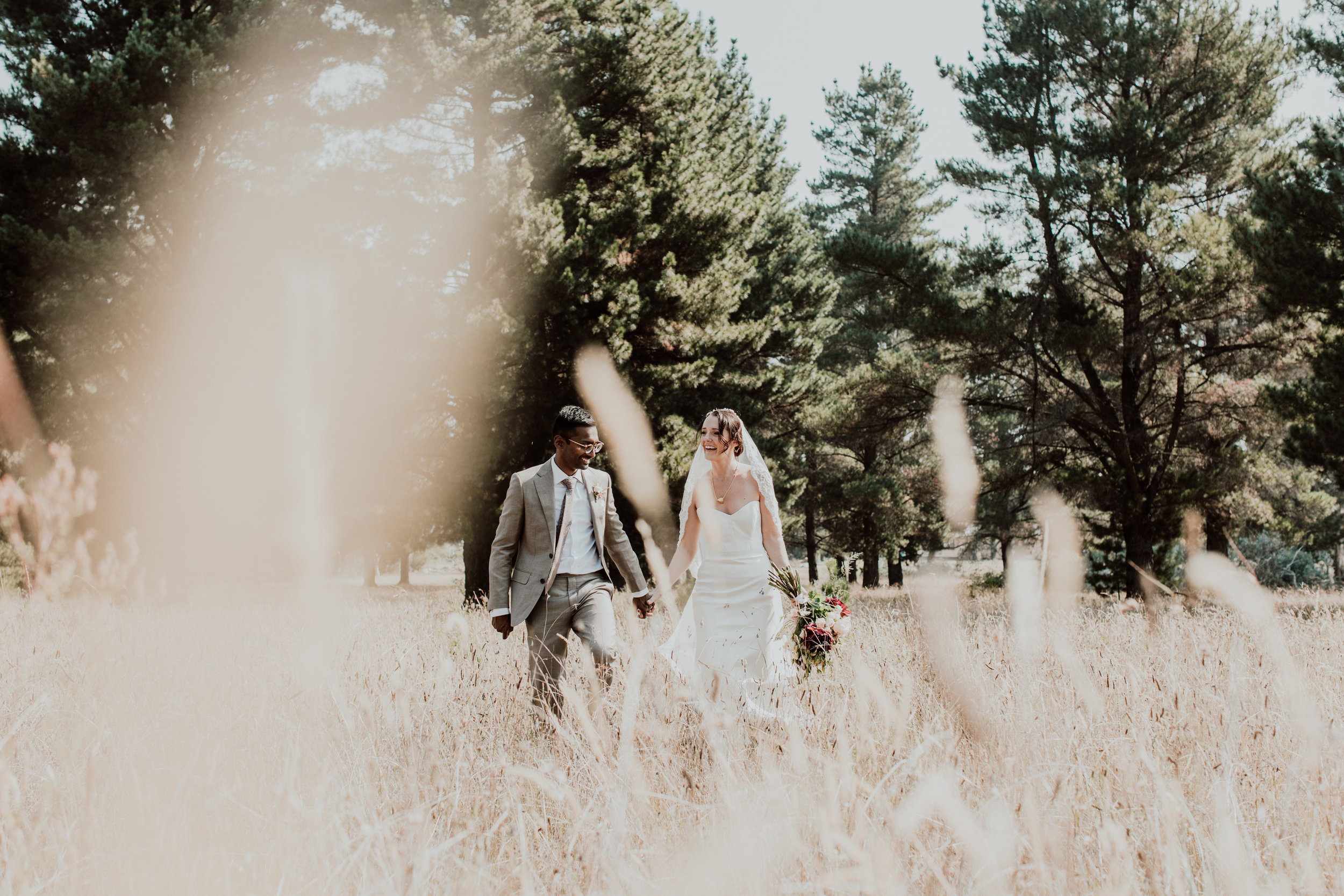 samuel jacob wedding photographer at blue mountains with bride and groom from newcastle hunter valley on their wedding day