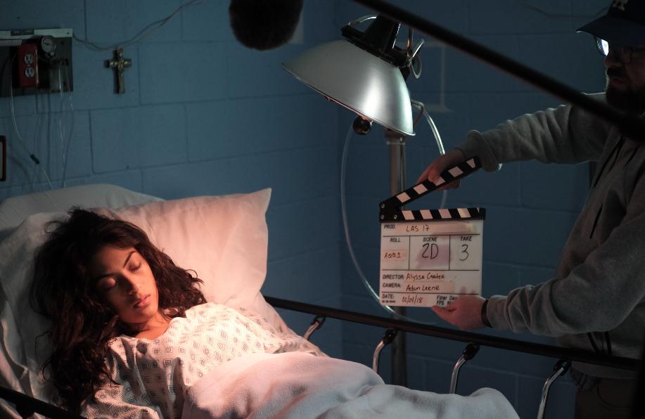 - Actress, Rosmery Solorzano on the set of Las 17.