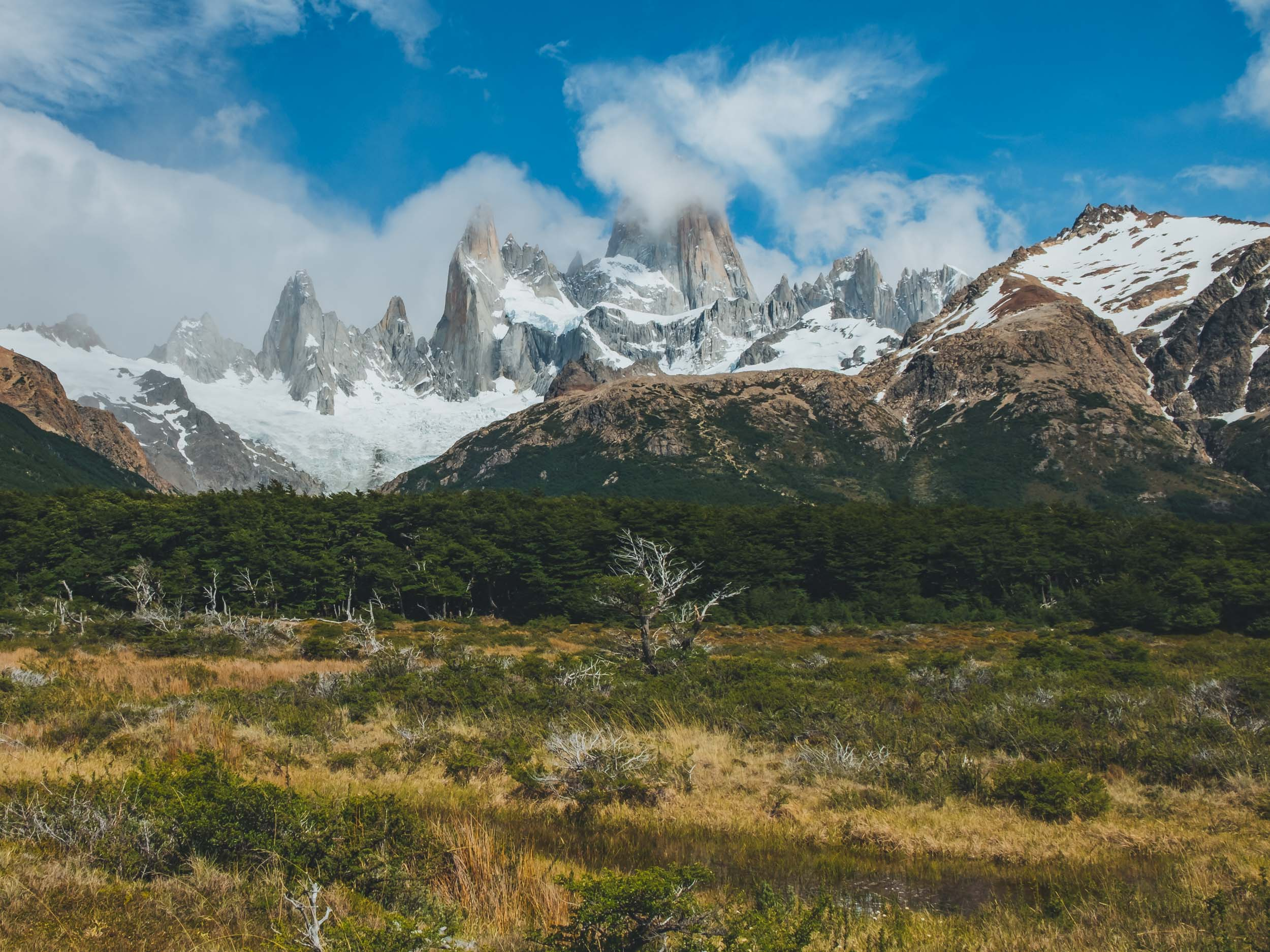 A month in Chile during December 2017, visiting places such us Valparaiso, Santiago, Atacama, Carretera Austral and Patagonia.