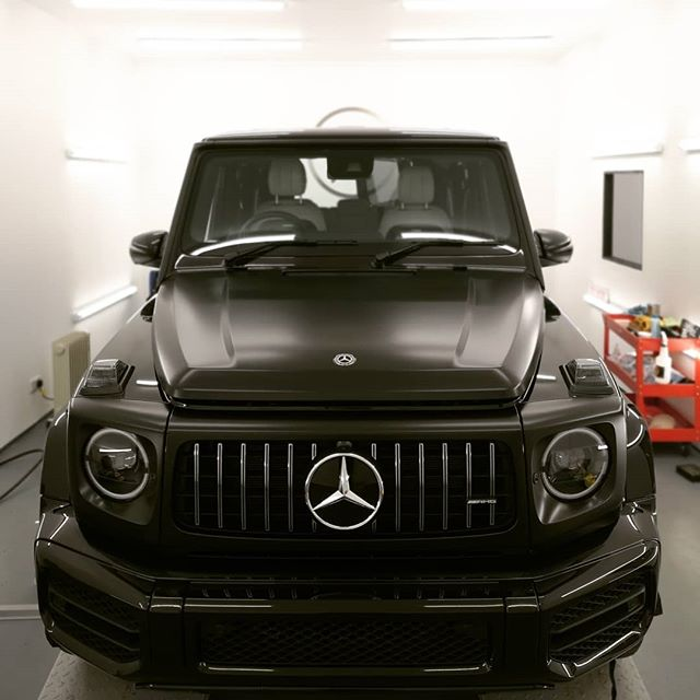 Burning the midnight oil here @pearceprotect HQ tonight - the transformation of the @evhire G63 AMG to Stealth continues......