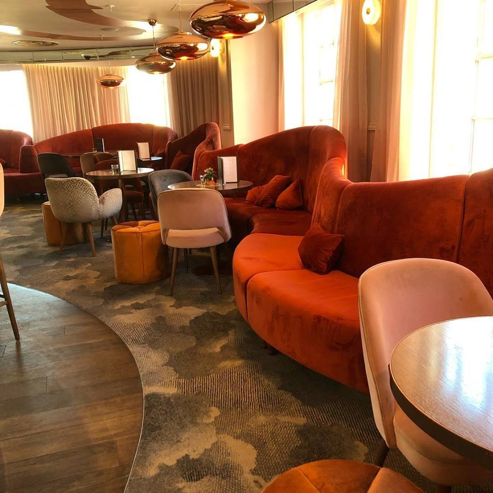 Harvey Nichols Champagne Bar SCID.jpg