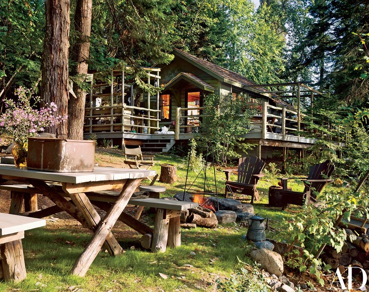 A rustic cabin on Lake Michigan by Mimi London | photos by  David O. Marlow