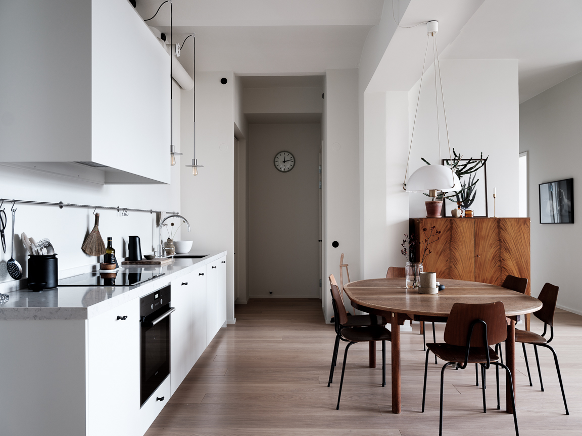The Nordroom - A Scandinavian Apartment With Floor To Ceiling Windows