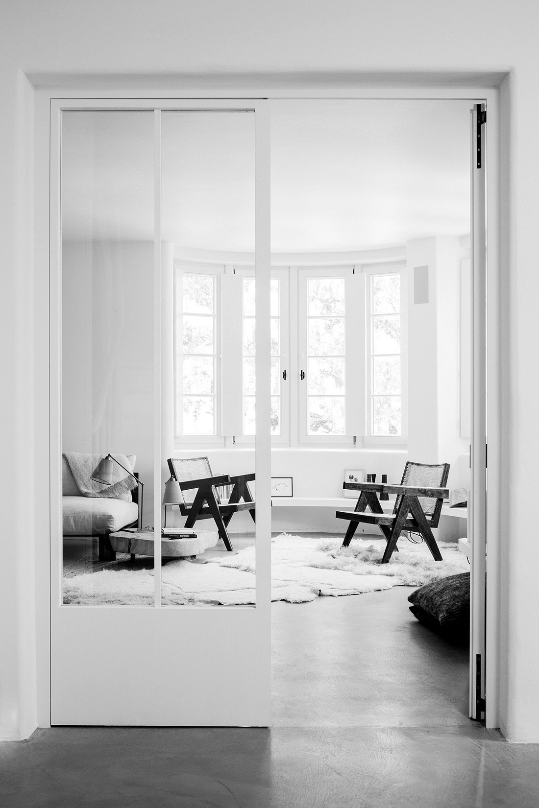 The Nordroom - A Beautiful White Neutral Summerhouse in Belgium