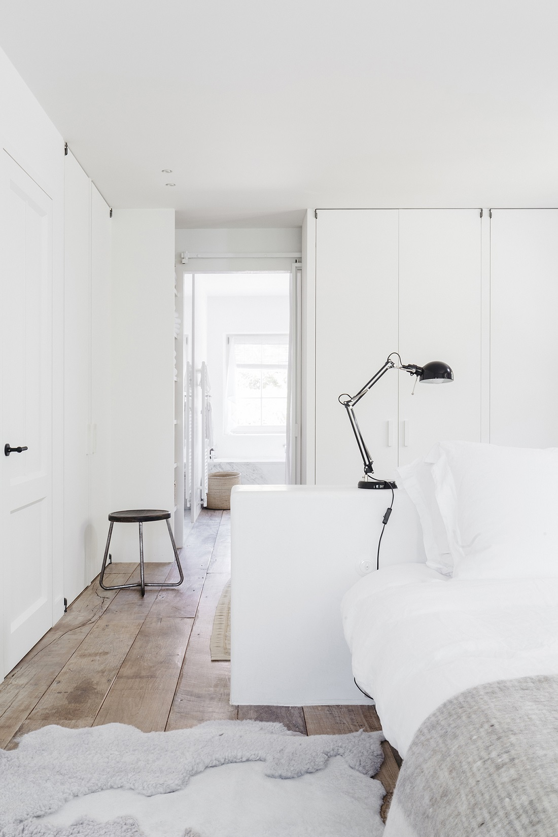 The Nordroom - A Beautiful White Summerhouse in Belgium