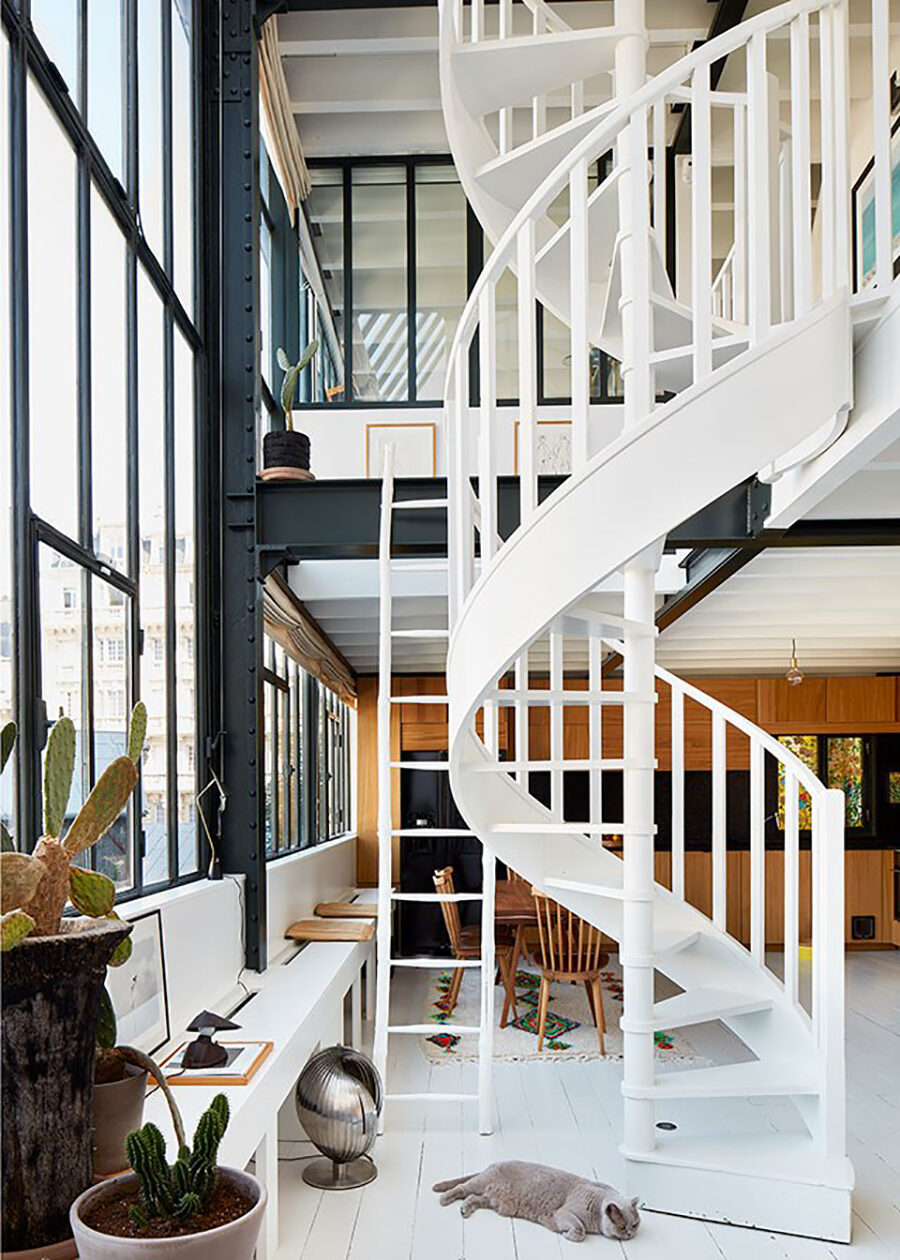 The Nordroom - A Painter's Dream: A Light-Filled Loft Apartment in Montmartre