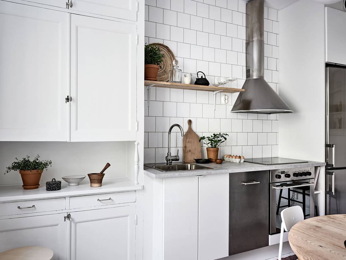 The Nordroom - A Neutral Scandinavian Studio Apartment